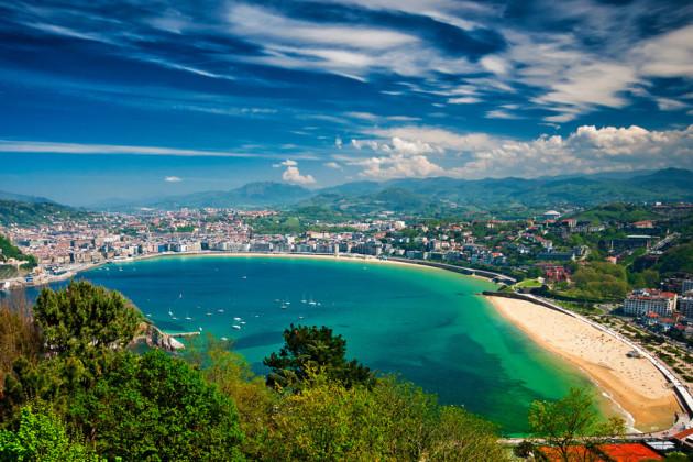 Vy över San Sebastián i Baskien, Spanien.