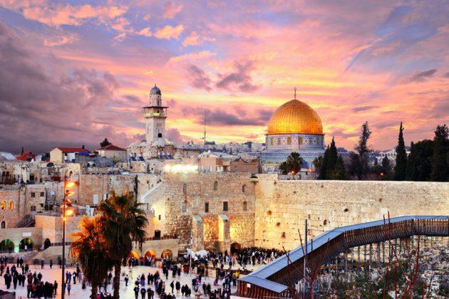 Jerusalem i Israel, kvällstid.