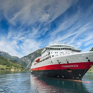 MS Finnmarken Hurtigruten Kryssning Norge