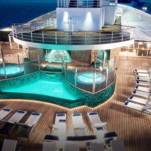 MSC Yacht Club poolarea toppmall