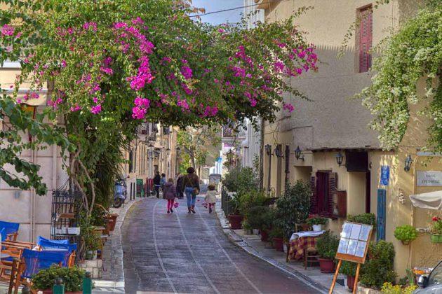 Området Plaka i Aten, Grekland, är stadens historiska hjärta.
