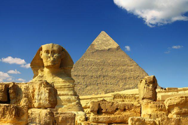 Pyramiderna och sfinxen i Egypten.
